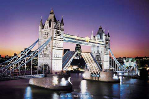 london tower bridge by night poster 91 5x61. Black Bedroom Furniture Sets. Home Design Ideas