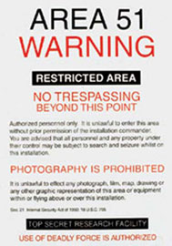 Poster - Aliens Area 51
