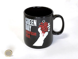 Poster - Giant Tasse Green Day - American Idiot